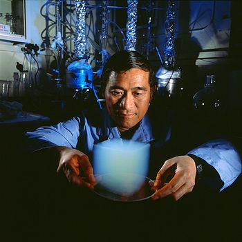 Aerogel in un laboratorio della NASA