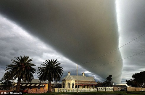 Roll Cloud in Australia