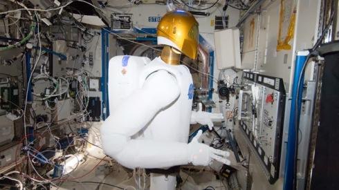 Il Robonaut 2 all'interno della Stazione Spaziale Internazionale